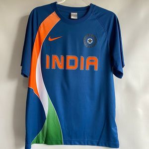 NIKE DRI FIT INDIA CRICKET TEAM SHIRT ADULT LARGE